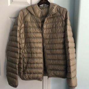 Men's Uniqlo Ultra Light Down Hooded Jacket